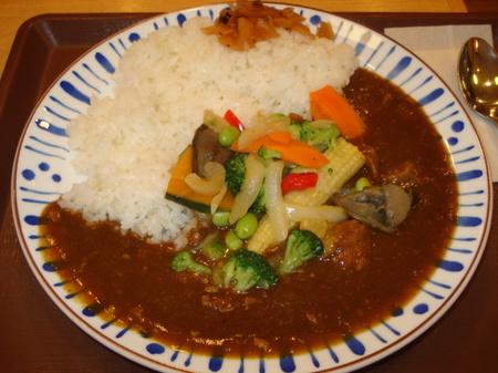 sukiya-chicken-irodori-yasai-curry3.jpg
